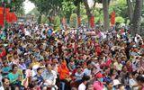 Người dân Hà Nội - Sài Gòn chen chúc đông nghẹt trong công viên ngày nghỉ lễ 30/4