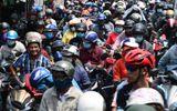 """Hàng nghìn người dân đổ về thành phố, cửa ngõ Sài Gòn """"kẹt cứng"""" sau nghỉ lễ"""