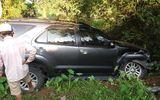 Vụ xe Fortuner vượt 3 chốt cảnh sát rồi lao xuống vực: Tài xế không có bằng lái?