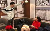 """Clip: Trấn Thành và Hoa hậu Hương Giang """"đá xéo"""" vụ cô giáo tiếng Anh mắng học viên"""