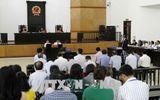 Bị cáo Đinh La Thăng cùng Luật sư bào chữa tranh luận về tội danh