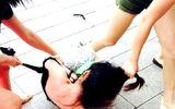 Tin tức - 3 người phụ nữ đánh ghen trong ôtô bị khởi tố