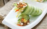 Tin tức - Món ngon bữa tối: Dưa chuột cuộn rau củ tránh ngán cho bữa cơm hè