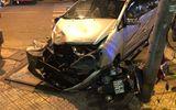 Tông vào xe cứu hỏa, ôtô gây tai nạn liên hoàn khiến 2 mẹ con bị thương