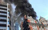 Video cháy dữ dội tại khách sạn 5 sao ở Anh