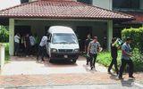 Cựu Thủ tướng Malaysia bị nghi xây dinh thự riêng cất phụ kiện lỗi mốt cho phu nhân