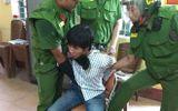 Giải cứu thành công người mẹ bị con trai dùng hung khí uy hiếp