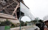 """Tháp Eiffel được mặc """"áo chống khủng bố"""" trị giá 40 triệu USD"""