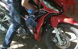 Điều tra vụ nam thanh niên gục chết trên xe máy ở Lạng Sơn