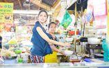 """Video: Hương Giang, Trấn Thành """"khẩu chiến"""" giữa chợ gây chú ý"""