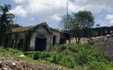 Quảng Ninh: Hoảng hốt phát hiện thi thể phân huỷ trong nhà hoang