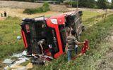 Nghệ An: Khởi tố tài xế xe khách chạy ẩu khiến 2 chị em tử vong