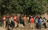 Tin tức - Video: Người chăn dê một mình xoay sở cứu 7 người vụ lật thuyền trên sông Đà