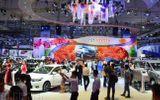 Tin tức - Khánh hàng choáng váng vì nhiều hãng ô tô đột ngột tăng giá