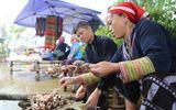 Thử tài nấu rượu Séng Cù tại Lễ hội Ẩm thực và không gian văn hoá Tây Bắc 2018