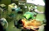 Vụ bệnh nhân U60 bị điều dưỡng 9X hiếp dâm: Ai chịu trách nhiệm?