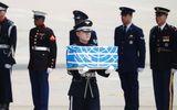 Lý giải nguyên nhân 55 bộ hài cốt Triều Tiên trao trả cho Mỹ được phủ cờ Liên Hợp Quốc