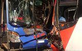 Tin tai nạn giao thông mới nhất ngày 1/8/2018: Limousine đấu đầu xe máy, nạn nhân văng xa 2m tử vong