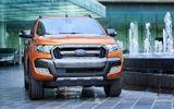 """Bảng giá xe Ford mới nhất tháng 8/2018:  """"Vua bán tải"""" Ford Ranger bản cao cấp giá 925 triệu đồng"""