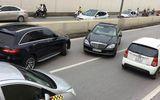 """Tin tai nạn giao thông mới nhất ngày 7/8/2018: Mercedes biển """"ngũ quý 7"""" đi ngược chiều trong hầm Kim Liên"""
