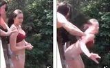 Video: Thử thách nhảy từ độ cao 10 mét, thiếu nữ gãy 5 xương sườn, chấn thương phổi
