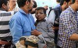 Phát hiện mảnh bom do Mỹ sản xuất tại hiện trường vụ không kích xe chở học sinh Yemen