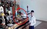 Tin tức - Xác định danh tính người đàn ông mặc bảnh bao lấy trộm tiền công đức trong chùa