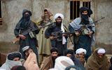 Taliban bất ngờ tấn công căn cứ quân sự của Afghanistan, giết chết 45 người