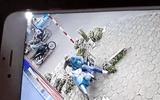 Tin tức - Video: Thanh niên trộm xe máy của cô gái bán hoa nhanh như chớp ở Hà Nội