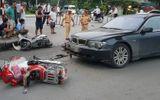 Hà Nội: Nữ tài xế BMW gây tai nạn liên hoàn do giày cao gót vướng vào chân ga