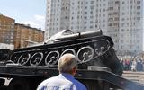Cỗ xe tăng huyền thoại T-34 lật nhào trong lễ duyệt binh tại Nga