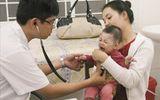 Trẻ bị viêm đường hô hấp tái đi tái lại nhiều lần mẹ phải làm sao?