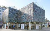 Cận cảnh những tòa nhà đẹp được xây bằng vật liệu tái chế từ rác thải