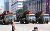 Cận cảnh dàn vũ khí hùng hậu của Triều Tiên trong lễ duyệt binh mừng quốc khánh