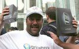 Tin tức - Tiết lộ bất ngờ về người đàn ông sở hữu iPhone đầu tiên trong lịch sử