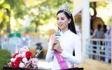 Tin tức - Ngẩn ngơ ngắm Hoa hậu Tiểu Vy xinh đẹp diện áo dài về thăm trường cũ