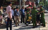 Đôi nam nữ vượt đèn đỏ, đạp ngã cảnh sát giữa đường phố Đà Nẵng