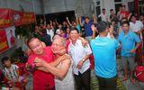 Tin tức - Bố mẹ cầu thủ Công Phượng, Bùi Tiến Dũng, Trọng Hoàng tự tin Việt Nam sẽ giành chiến thắng