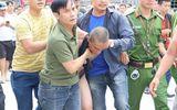 Tin tức - Giải cứu thành công bé trai 1 tuổi bị đối tượng nghi ngáo đá bắt giữ, ném từ tầng 3 xuống đất