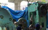 Kinh hoàng phát hiện thi thể người đàn ông đã khô trong máy dập sắt