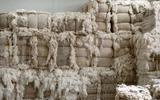 """Công ty Trung Quốc trả nợ bằng áo len, giăm bông... khiến giới đầu tư """"méo mặt"""""""