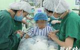 Tin thế giới - Sốc: Bé gái mắc bệnh ung thư vú khi mới 3 tuổi