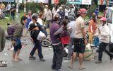 Tai nạn kinh hoàng ở Long An: Xe container tông hơn 20 xe máy, nhiều người chết, 23 người bị thương