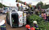 Hiện trường vụ xe ben lật đè 2 xe máy, 3 người thương vong ở Sài Gòn