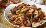 Món ngon mỗi ngày: Tôm rang thịt ba chỉ trôi cơm cho ngày mưa phùn