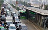 """Tin tức - Bảo vệ xe buýt nhanh BRT: Hà Nội liệu có """"cố đấm ăn xôi""""?!"""