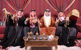 """""""Hoàng tử Ả Rập"""" Đức Huy mừng sinh nhật theo phong cách quý tộc khiến fan thích thú"""