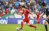 Tin tức - Trực tiếp Việt Nam 0 - 0 Nhật Bản: Công Phượng độc diễn, trọng tài dùng VAR hủy bàn thắng của Yoshida