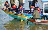 """Vụ lao ô tô xuống sông ở Quảng Nam: """"Bị bố kéo lại, cháu vẫn cố vùng vẫy đạp cửa ra ngoài"""""""
