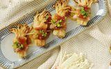 Món ngon mỗi ngày: Ba chỉ heo cuộn nấm kim châm sốt dầu hào giòn sần sật
